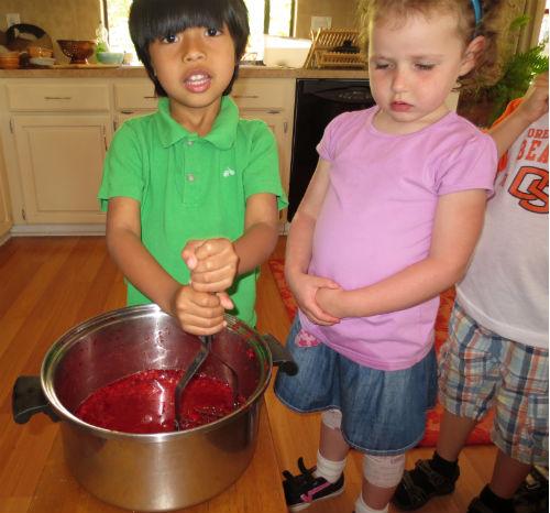 miro-strawberry-jam
